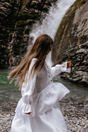 Белое платье оверсайз «Мечтай»
