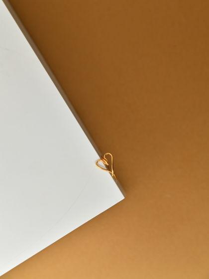 Позолоченное кольцо АМОР из серебра 925