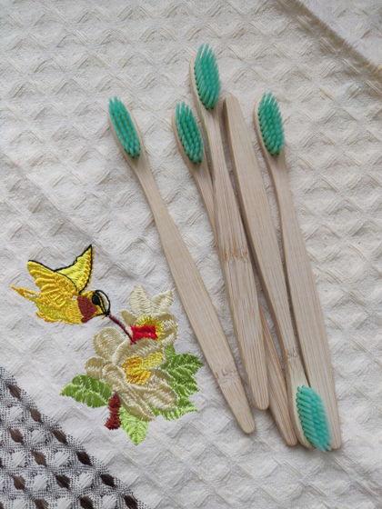 Бамбуковая зубная щётка (мятная)