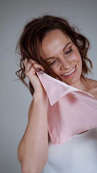 Полотенце для лица из натурального шелка, розовое