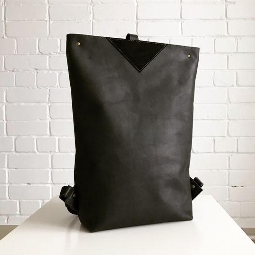 Кожаный рюкзак большой Zipper Black