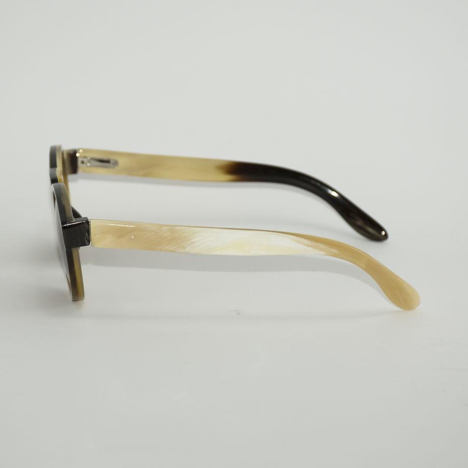 Роговые солнцезащитные очки