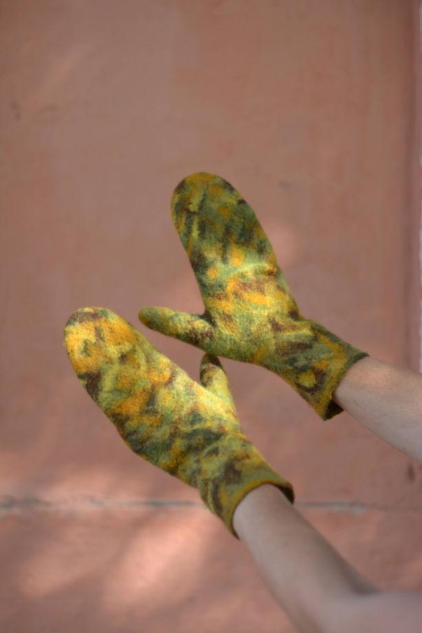 """Варежки """"Шишкин лес"""" из мериносовой шерсти, валяные варежки"""