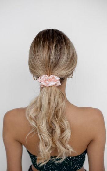 Резинка для волос STANDART из натурального шелка персиковая