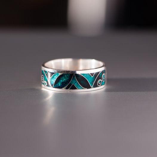 Кольцо серебряное с перегородчатой горячей эмалью «Бирюзовый орнамент»