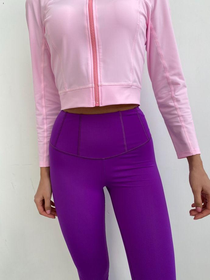 Спортивный лонгслив на молнии. Цвет: розовый. Материал: бифлекс.