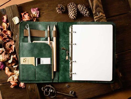 Кожаный блокнот на кольцах -LEGACY- А5 ручной работы цвет Зеленый