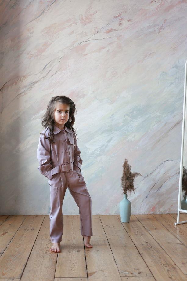 Комбинезон для девочек с накладными карманами