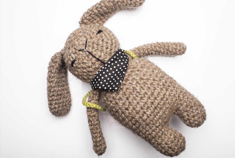 Игрушка вязаная заяц Богдан