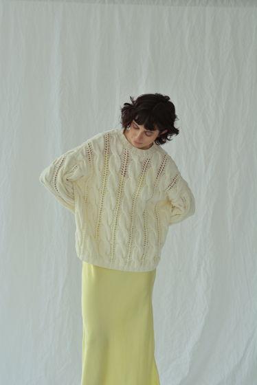 Хлопковый ажурный свитер молочный