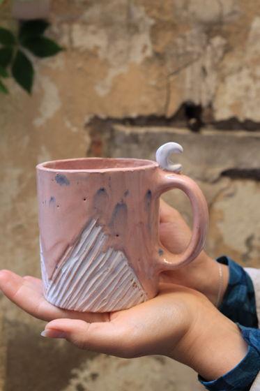 """Чашка розовая цилиндр из серии """"Горы Эльбруса"""""""