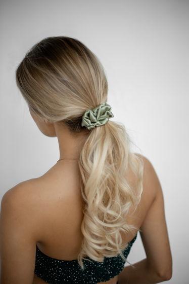 Резинка для волос STANDART из натурального шелка оливковая