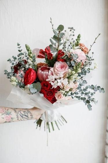 Сборный букет из живых цветов M