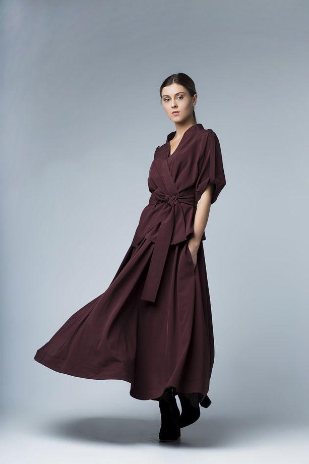 Блузка и юбка из плотной вискозы.
