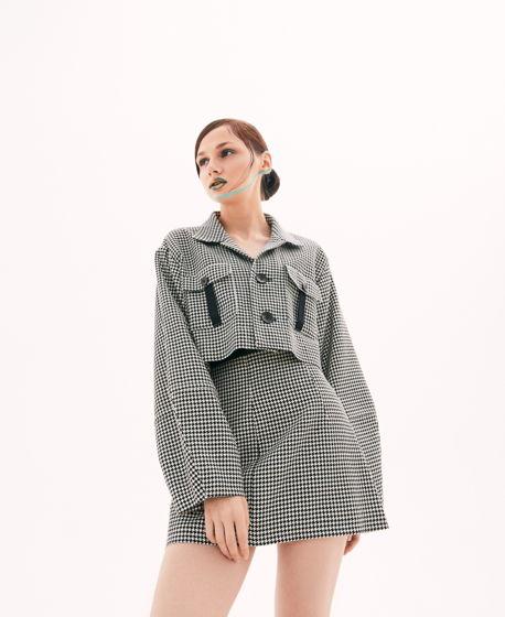 Костюм: Укороченный жакет и мини юбка из винтажной ткани