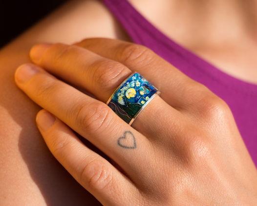 """Кольцо серебряной с эмалью по всей окружности """"Звездная ночь"""""""