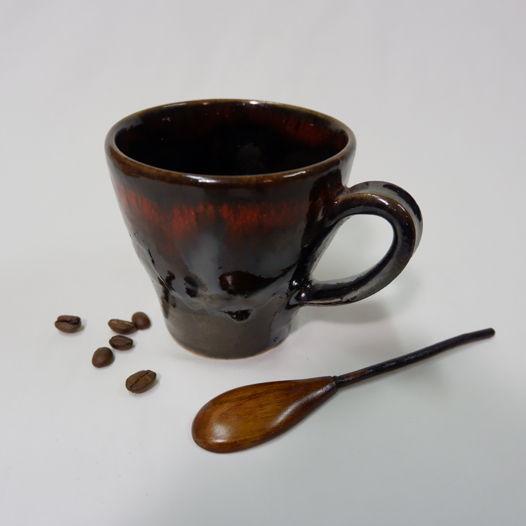 Керамические чашечки для кофе.
