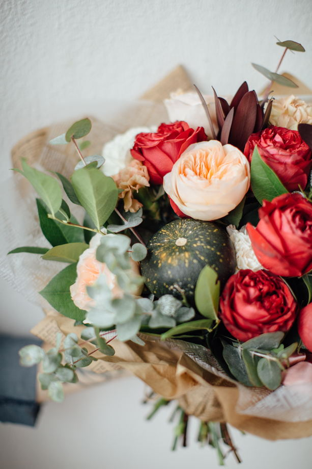 Сборный букет из живых цветов XL