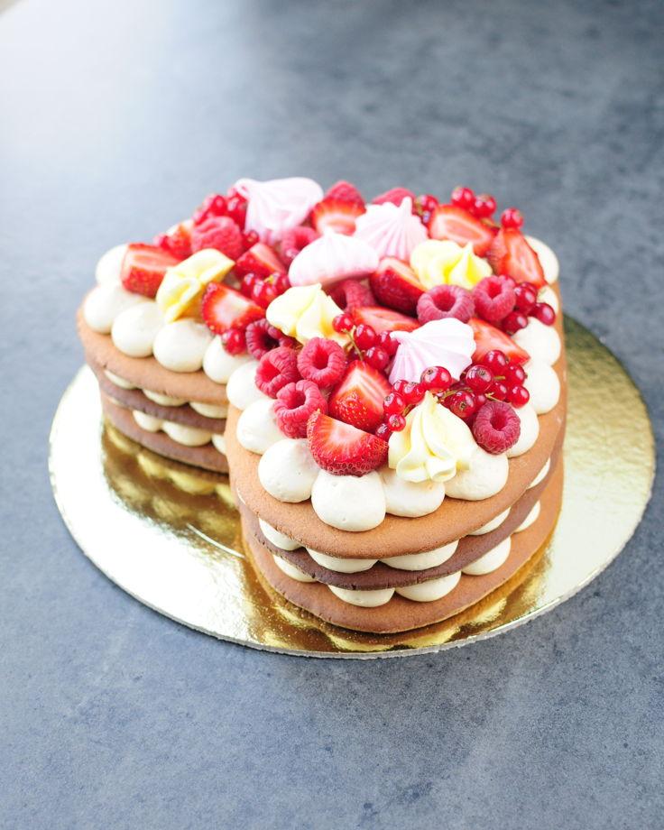 Торт - сердце (медовик)