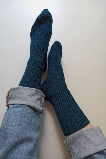 Морские носки ручной работы