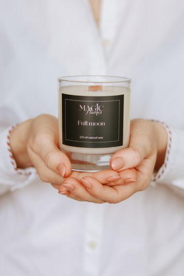 """Ароматическая кокосовая свеча """"Full moon"""" с древесным фитилем ручной работы"""