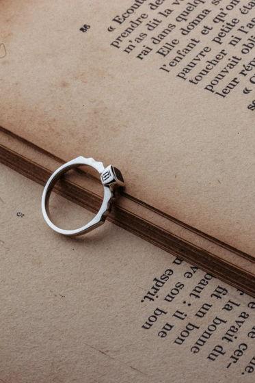 Серебряное кольцо Aurora
