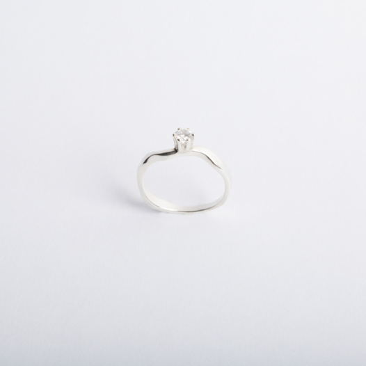 помолвочное кольцо Reunion I с искусственным бриллиантом