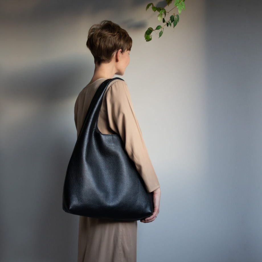 Кожаная сумка Hobo Black