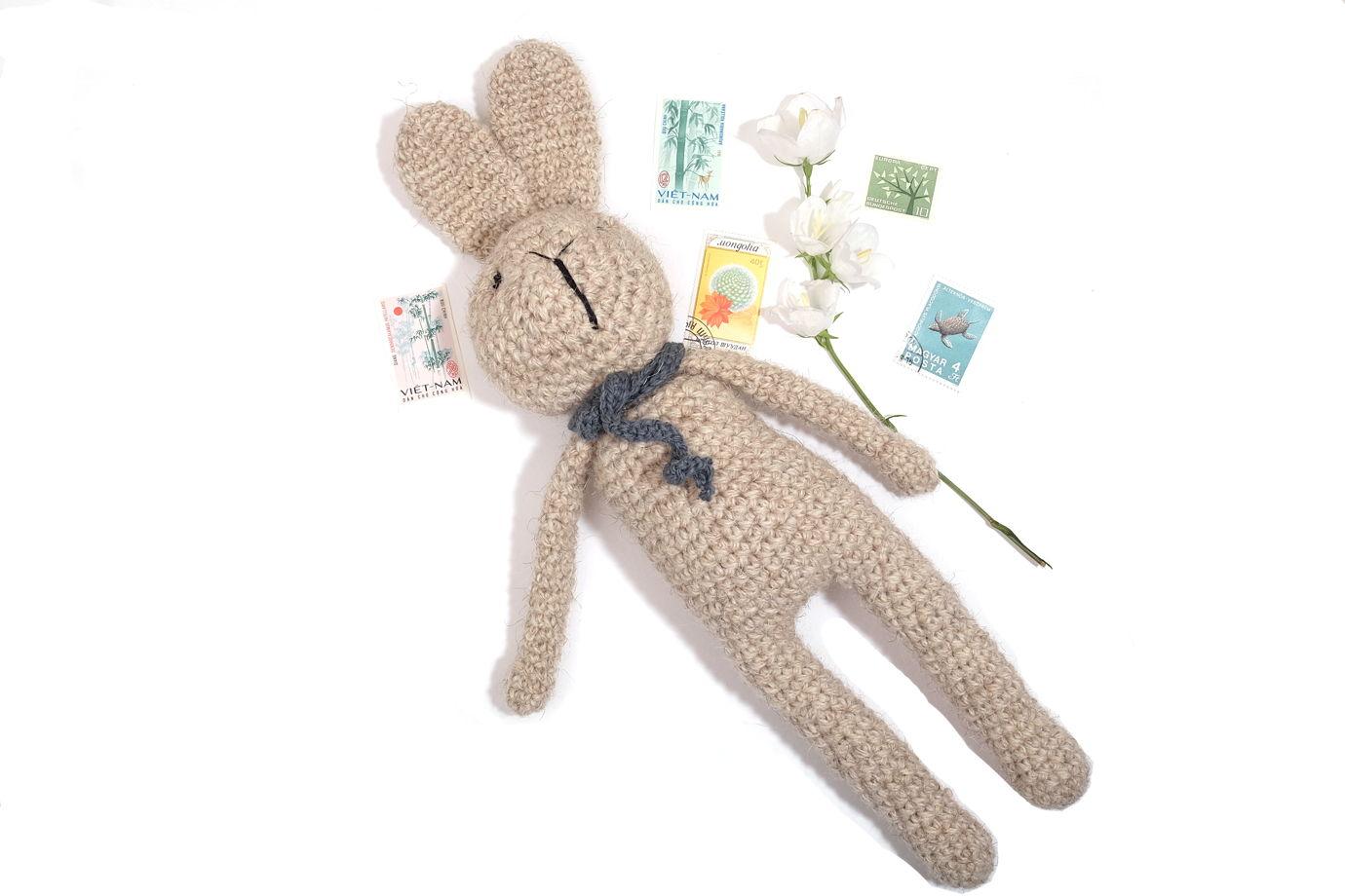 Игрушка вязаная заяц Артур