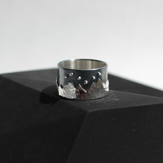 Широкое кольцо Айсберг из серебра