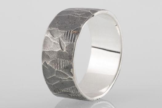 Битое серебряное кольцо, 9мм