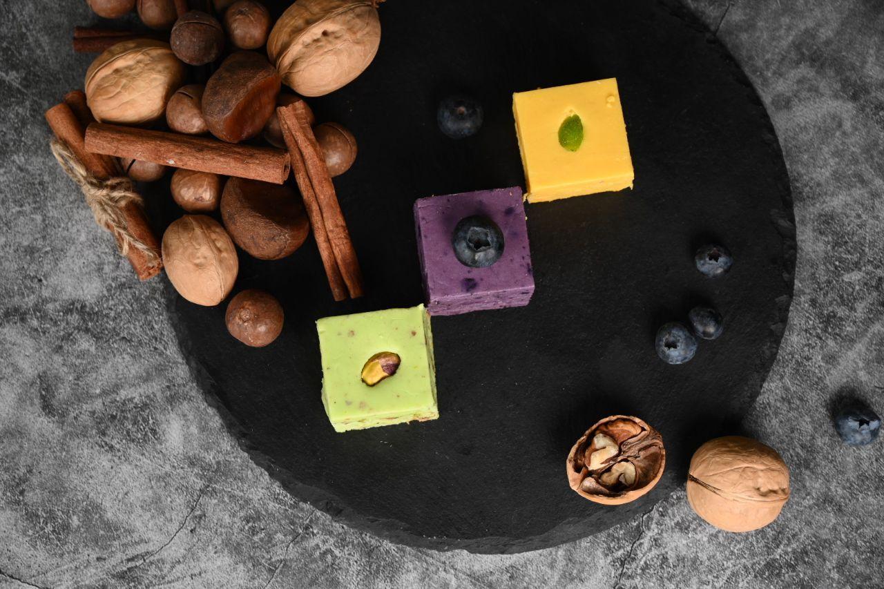 Набор из 9 сливочных помадок «Яркость жизни»