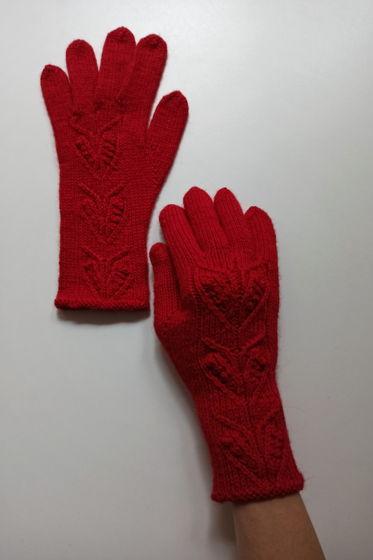 Ярко-красные перчатки ручной работы