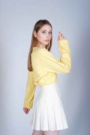 Мягкий желтый лонгслив