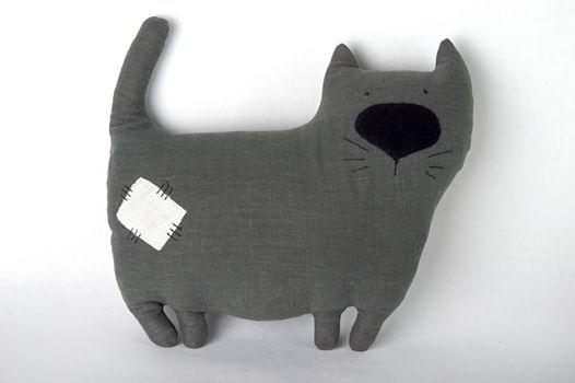 """Подушка игрушка """"Кот большой ручной работы изо льна"""""""