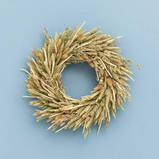 Венок из колосьев пшеницы