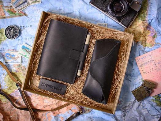 Подарочный набор -ADVENTURE- аксессуары ручной работы из натуральной кожи цвет Черный уголь