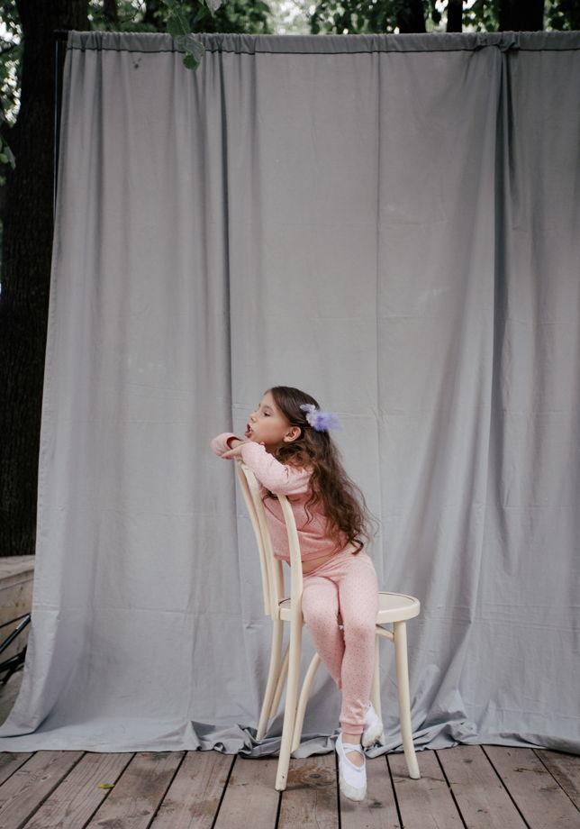 Уютный детский джемпер в точку из эко-хлопка
