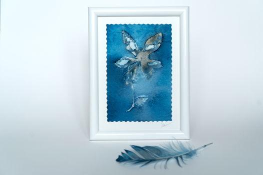 """Фотограмма """"Небесный цветок"""" в технике wet cyanotype"""