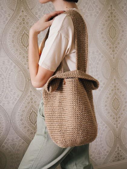 Вязаная сумка из джута