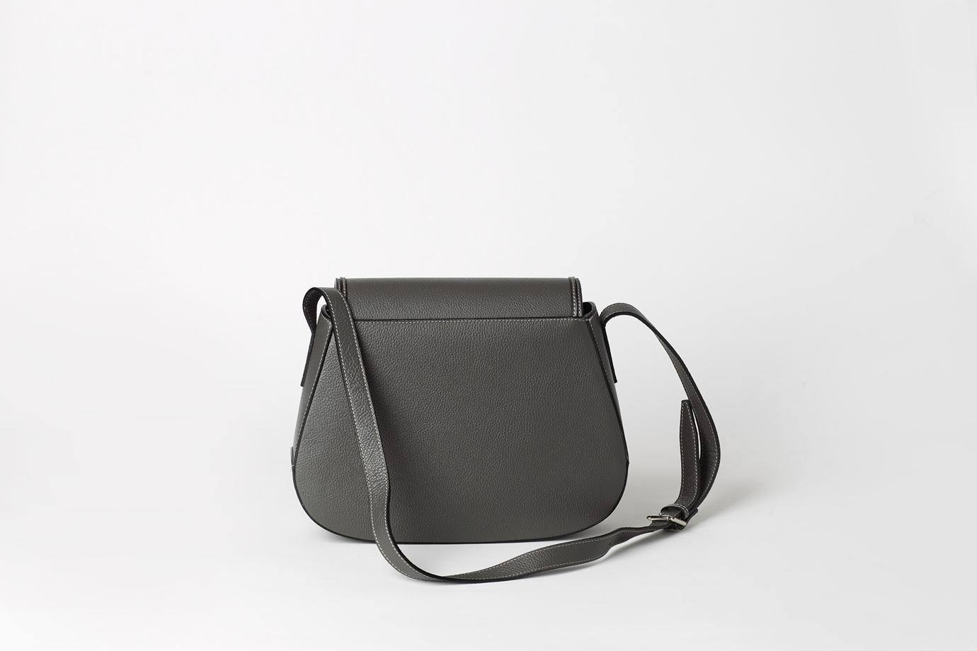 Серая сумка из натуральной кожи  - MIRA - natural leather bag. В наличии в Москве