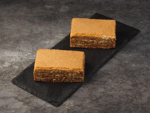 Торт (пирожное) «Медовик»