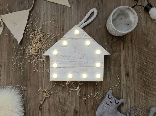ДОМИК  — Авторский светильник, ночник из дерева ручной работы