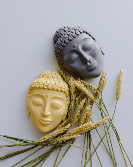 Настенный-настольный желтый/серый Будда декор 2в1