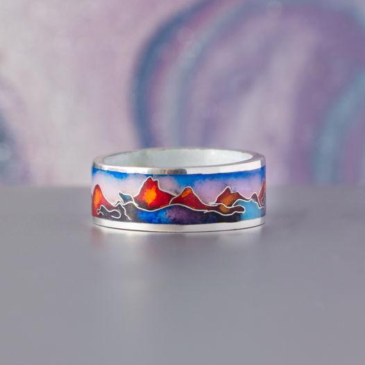 Кольцо с эмалью по всей окружности «Рассвет в горах»