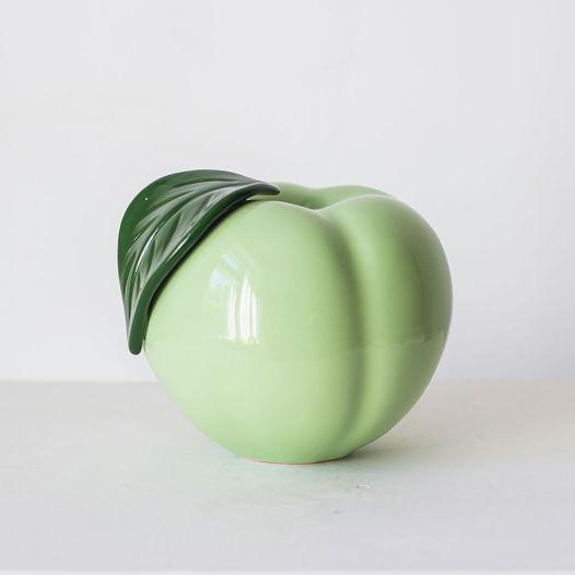 Керамическое яблоко среднее