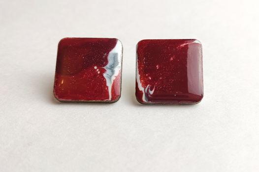 Серьги дизайнерские красные ручной работы из эпоксидной смолы