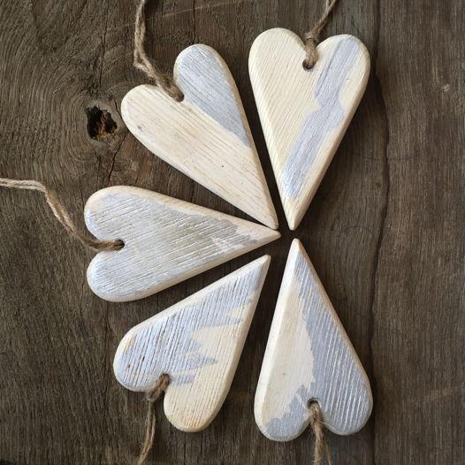 Декор деревянное сердце Валентинка белое серебрянное