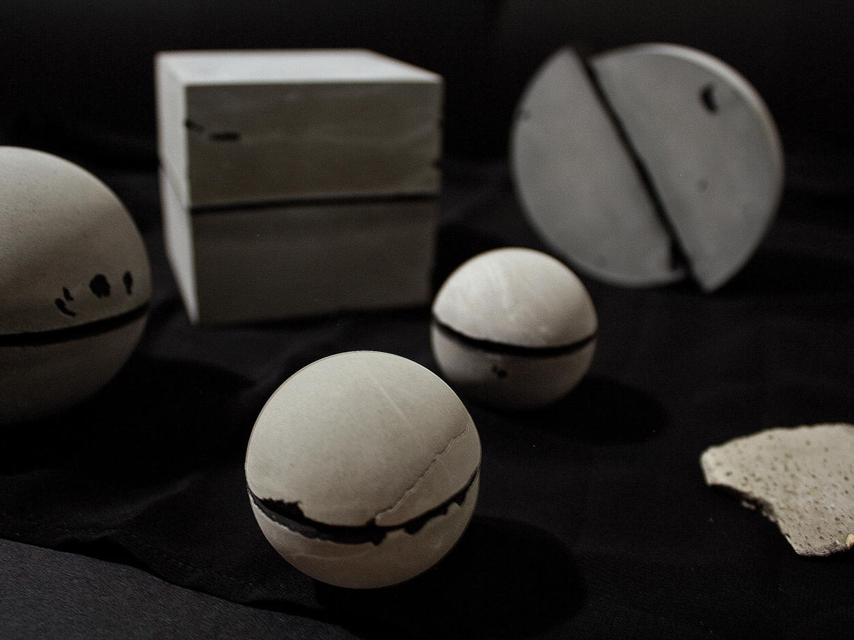 Шар большой из бетона | коллекция space odyssey