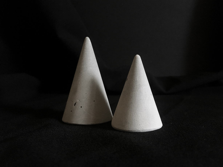 Конусы для украшений из бетона (пара) | коллекция basic